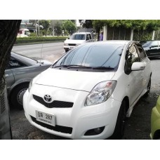 Toyota yaris 1.5 E ลิมิเต็ด